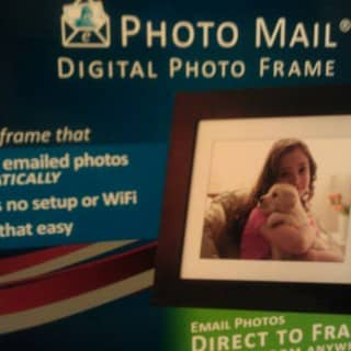 Pandigital Picture Frame: great gift idea for WiFi-less folks