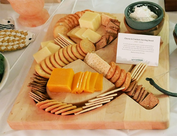 ampersand cheese and cracker tray from uncommongoods