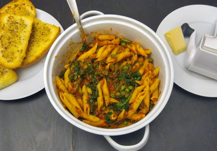 RAGÚ Homestyle penne with vegetables