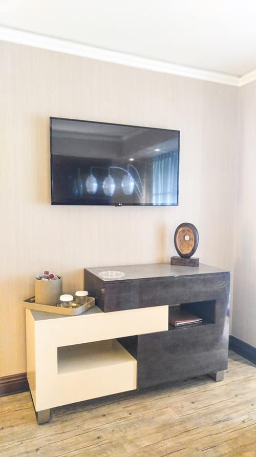 Mount Airy Casino and Resort King Suite TV