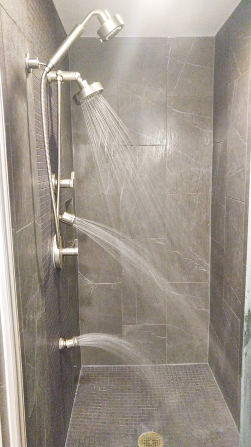 Mount Airy Casino and Resort King Suite shower
