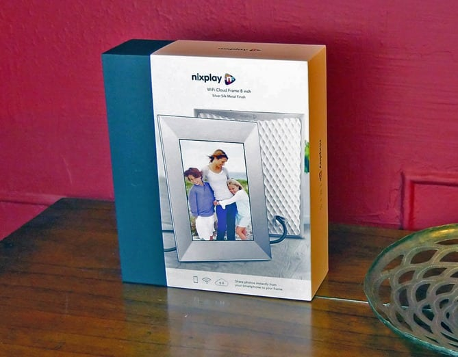 Nixplay Wifi Picture Frame - in box