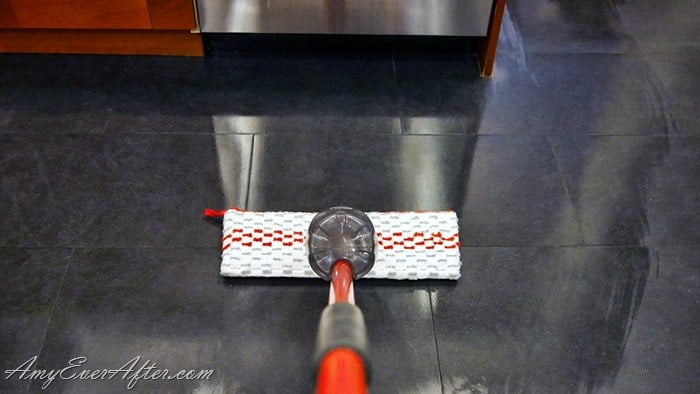 Babbleboxx Fall Cleaning - O-Cedar ProMist Max Spray Mop