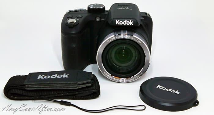 Kodak PIXPRO AZ401 Review - camera and accessories