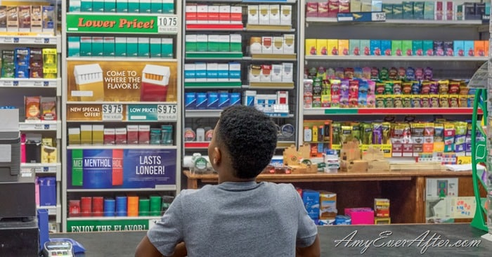 store cigarette display